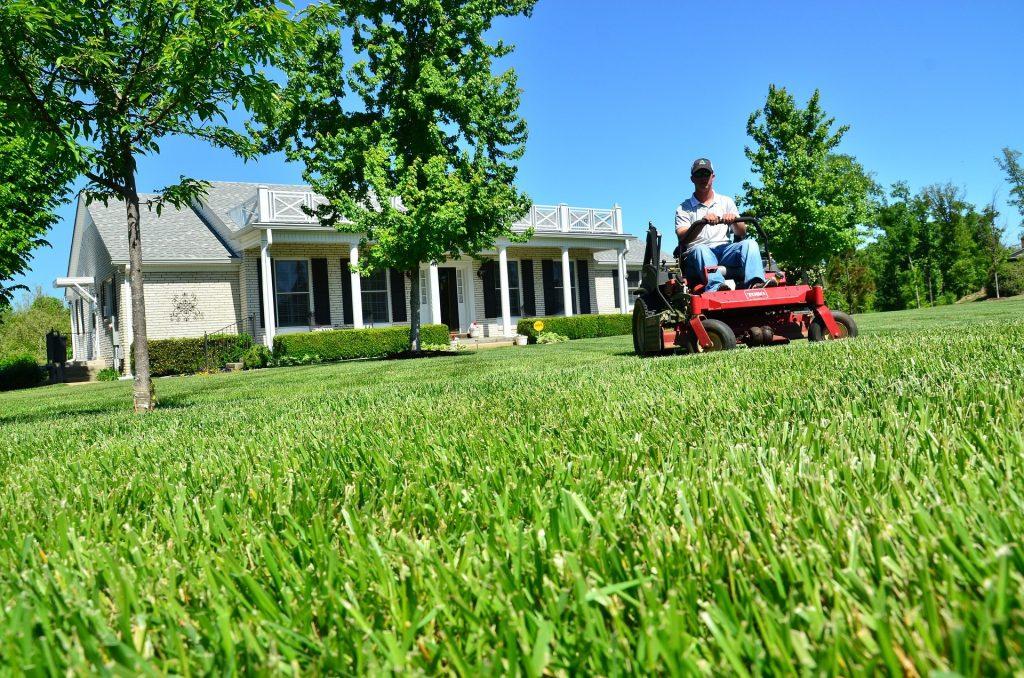 lawn care Tulsa